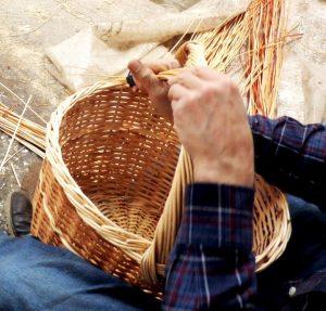 Elaboracion cesta de Gurumelos y Setas